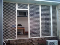 Diamond Grill Enclosure